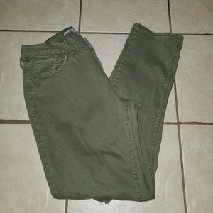 American eagle olive wash Tomgirl distressed jeans